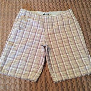 3/$30 EUC Ladies Columbia shorts 14 petite  12